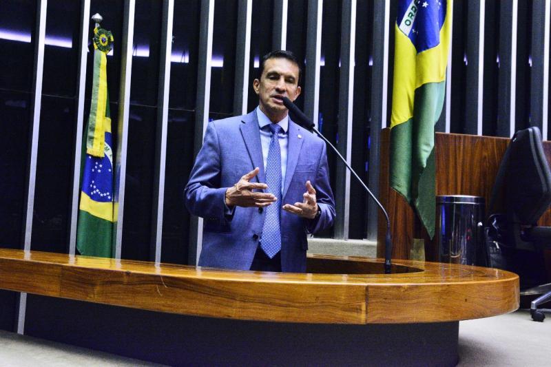 Sidney Leite defende a criação da Universidade da Tríplice Fronteira