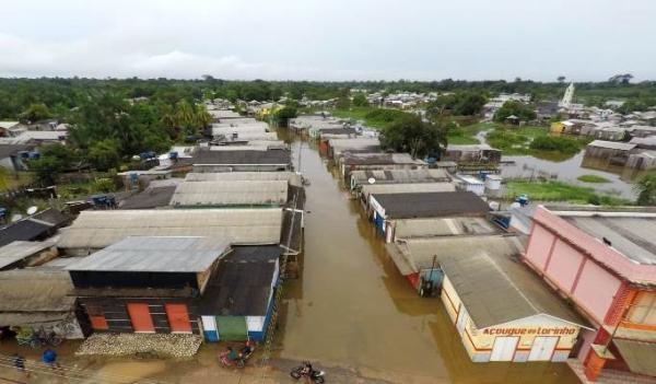 Cheia do Rio Juruá atinge 12 mil pessoas em Eirunepé/AM; ano letivo é suspenso