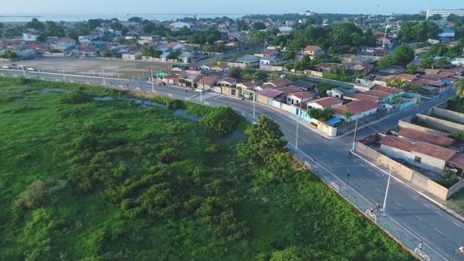 Prefeito Nélio Aguiar entrega primeira etapa da orla do Mapiri
