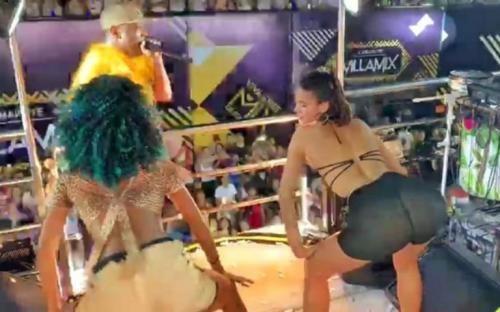 Marquezine tem encontro com Neymar, provoca e mostra bumbum gigante