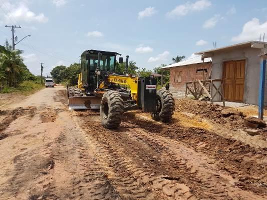 Governo do Amazonas retoma obras de pavimentação em Barcelos