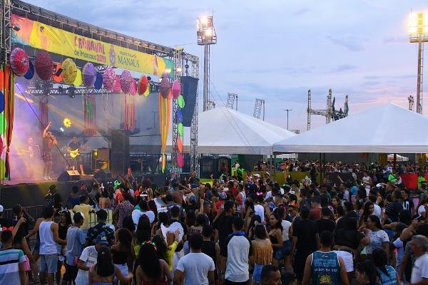Bandas e blocos pós-carnaval agitam bairros de Manaus