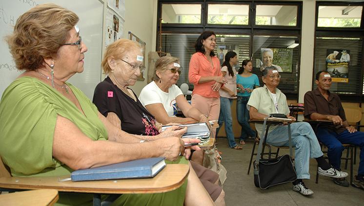 Universidade da Terceira Idade da UFPA recebe inscrições de idosos