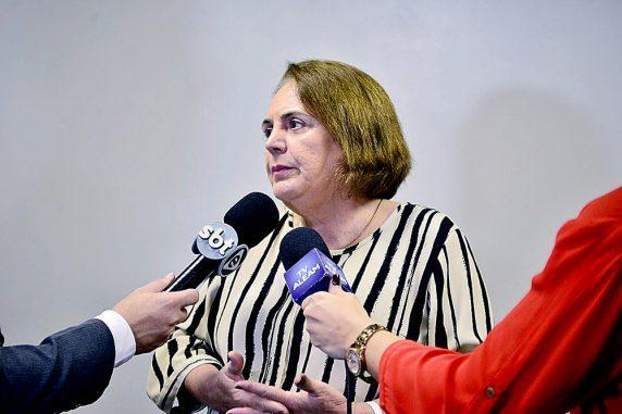 Therezinha Ruiz defende os direitos da mulher nos casos de perseguição