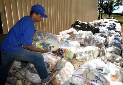 Conab distribui mais de 1,3 mil cestas a famílias indígenas e quilombolas