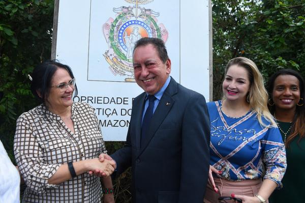 Ministra confirma apoio para construção do 'Complexo Maria da Penha' em Manaus