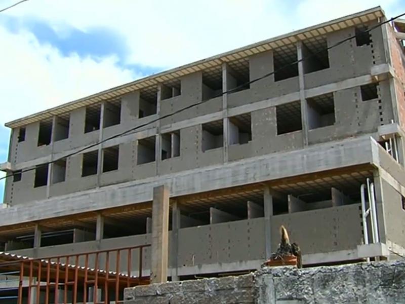 Obras do Hospital Materno-Infantil de Santarém serão retomadas nos próximos meses, diz prefeito