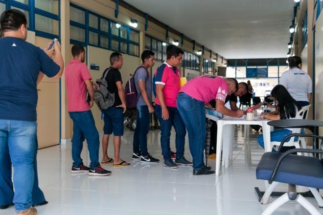 Feirão da empregabilidade leva serviços gratuitos a população de Santarém
