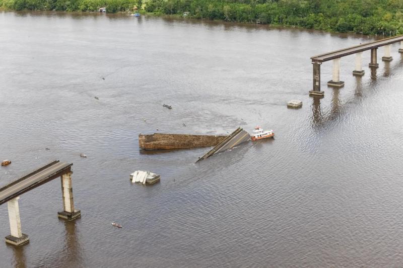Governador do Pará decretará estado de emergência após queda de ponte