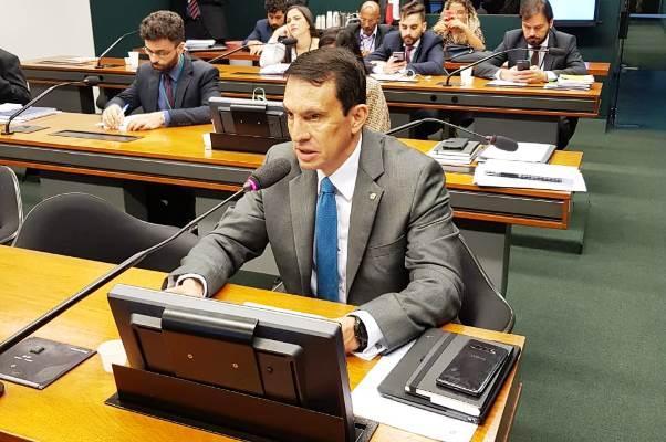 'Não vamos aceitar' diz Sidney Leite sobre Guedes acabar com ZFM