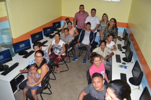 Prefeitura de Parintins e Cetam promovem curso de informática no Macurany