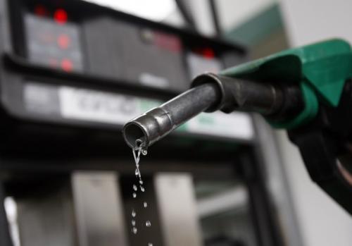 Distribuidoras terão que explicar aumento de 100% no valor da gasolina no AM