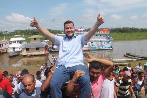 'Ditador do Solimões' tenta 'cassar' vereadores de oposição em Coari, pela quarta vez