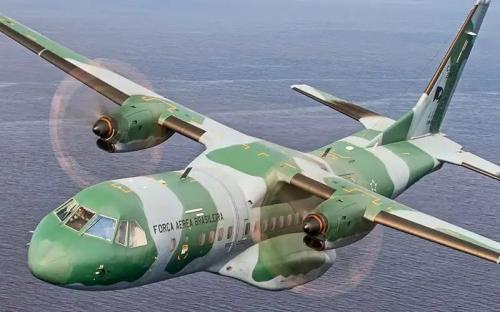 Fab intercepta avião com meia tonelada de cocaína, em Goiás