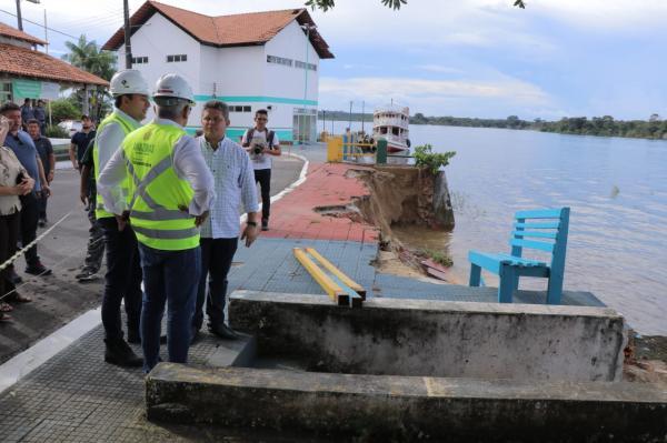 Em Nhamundá, governador do AM anuncia investimentos e recuperação da orla