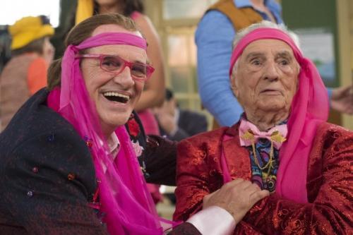 Aos 99 anos, Orlando Drummond, o Seu Peru, reaparece na 'Escolinha' e emociona atores