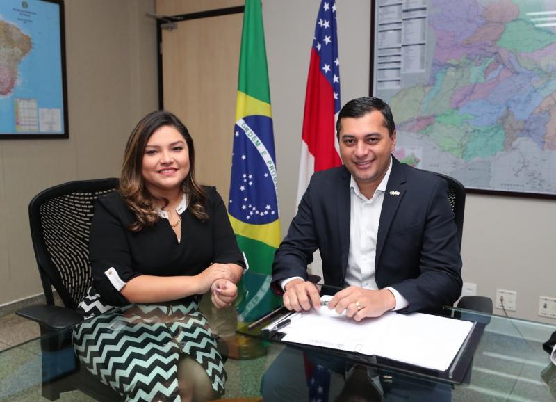 Wilson Lima anuncia Joana Darc como líder do Governo na ALE-AM