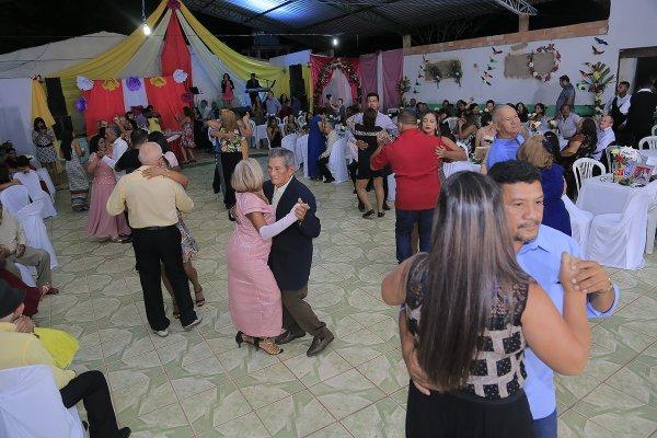 32º Baile das Flores acontece sexta (31), em Alter do Chão