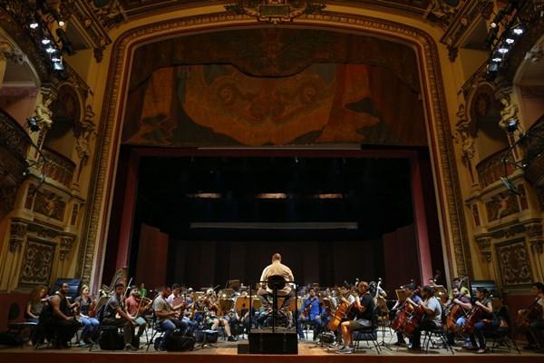 Teatro Amazonas divulga agenda do mês de junho
