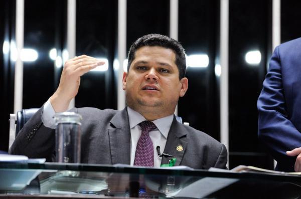Senado vota nesta segunda (03) MP que prevê mudanças no INSS