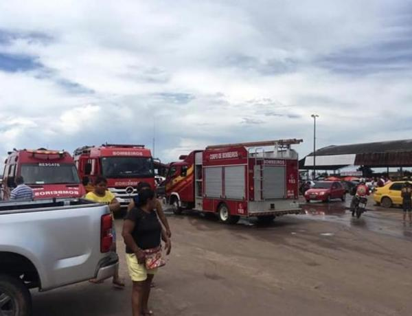 Após pouso forçado, avião fica submerso no Rio Negro, próximo a Iranduba (AM)