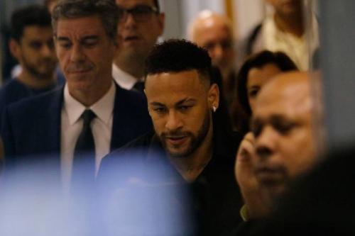 Neymar será ouvido pela Polícia em SP sobre suposto estupro