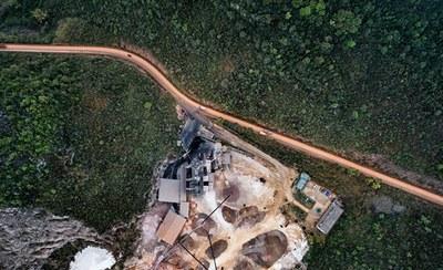 Justiça determina que ANM suspenda exploração mineral em áreas de conservação do AM