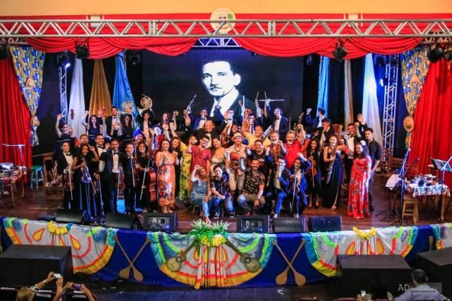 Encontro reúne aproximadamente 200 artistas em prol do Instituto Maestro Wilson Fonseca
