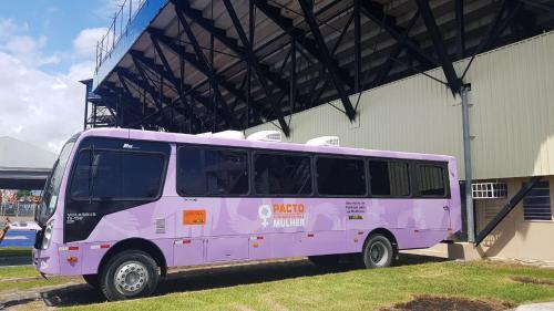 Ônibus da Mulher realiza atendimento durante Festival de Parintins 2019