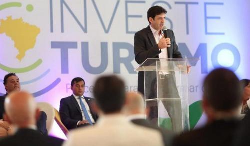 Parintins no lançamento do projeto 'Investe Turismo'