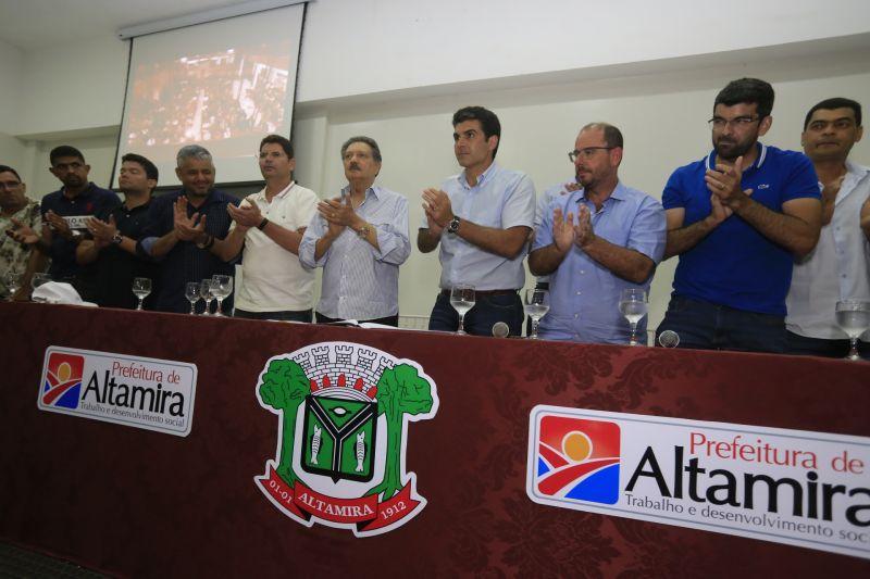 Governo do PA e Prefeitura de Altamira assinam convênio para pavimentação de vias