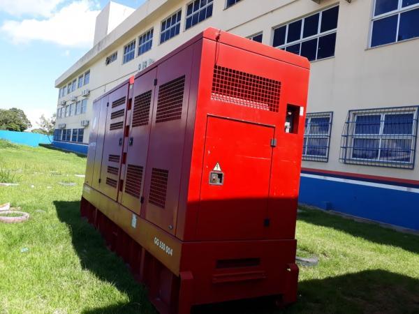 Governo do AM envia geradores de energia para escolas de Iranduba e Manacapuru