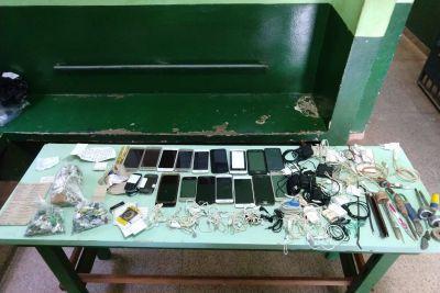 Polícia Civil apreende celulares usados por presos membros de organizações criminosas