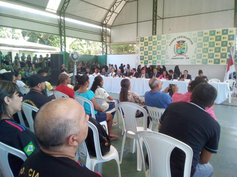 Câmara de Parintins realiza sessão itinerante no Mocambo