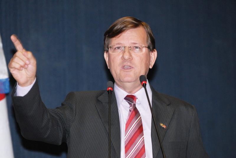 Zé Ricardo denuncia descaso do Governo Federal com os municípios do AM