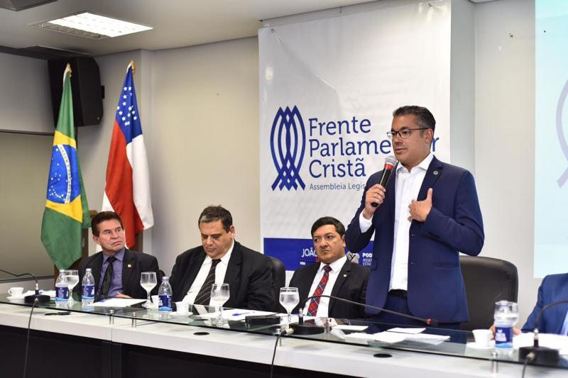 Josué Neto toma posse como vice-presidente da Frente Parlamentar Cristã, da Aleam