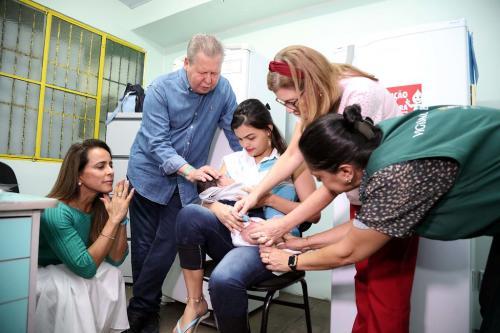 Manaus inicia 'Semana de Intensificação Vacinal' para menores de 2 anos