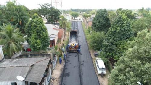 Bairro Santa Luzia, em Maués, está quase 100% asfaltado, afirma prefeito