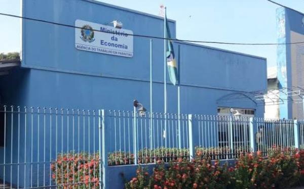 Ministério do Trabalho, em Parintins, deixa de atender população