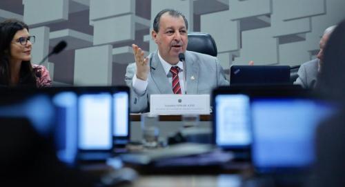Amazonas receberá R$ 640 milhões do pacto federativo, diz senador Omar