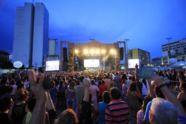 63,5 mil pessoas lotam o Centro Histórico de Manaus no Festival Passo a Paço