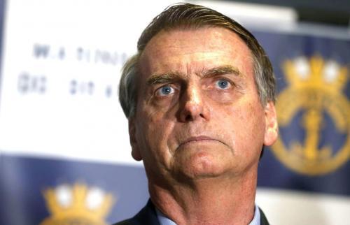 Bolsonaro mudou comando da PF no Rio para brecar investigação sobre milícias, diz jornalista
