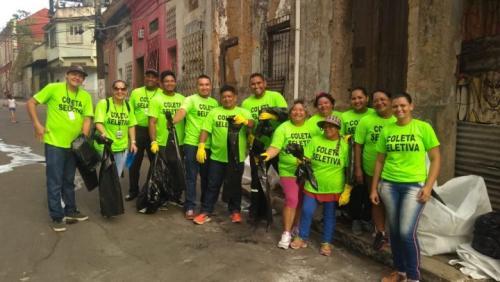 Após Passo a Paço, catadores recolhem mais de 1 tonelada de lixo, em Manaus