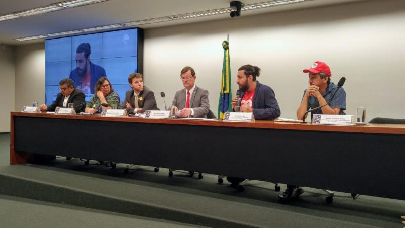 José Ricardo e outros parlamentares denunciam ao MPF cortes no 'Minha Casa, Minha Vida'