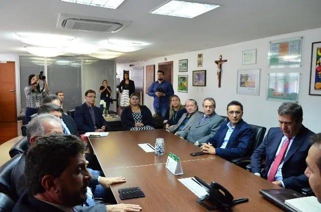Em Santarém, Fecomércio-PA e SindiLojas firmam acordo com Banco da Amazônia