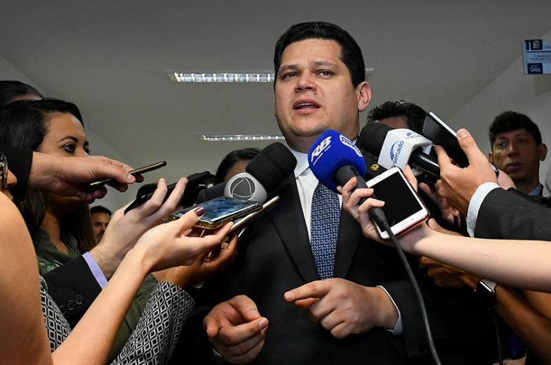 Trechos da Reforma da Previdência serão retirados para evitar atrasos, indica Alcolumbre