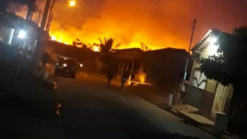 Incêndio perto da Transamazônica deixa moradores de Itaituba assustados