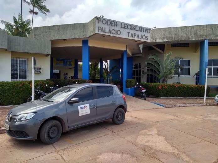 Perfuga processa sete por fraude em aluguel de veículos na Câmara de Santarém
