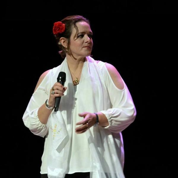 Tacacá na Bossa recebe nesta quarta (18) cantora Simone Guimarães