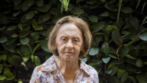 Laura Cardoso entra em 'A dona do pedaço' para revelar mistério sobre filha de Maria da Paz